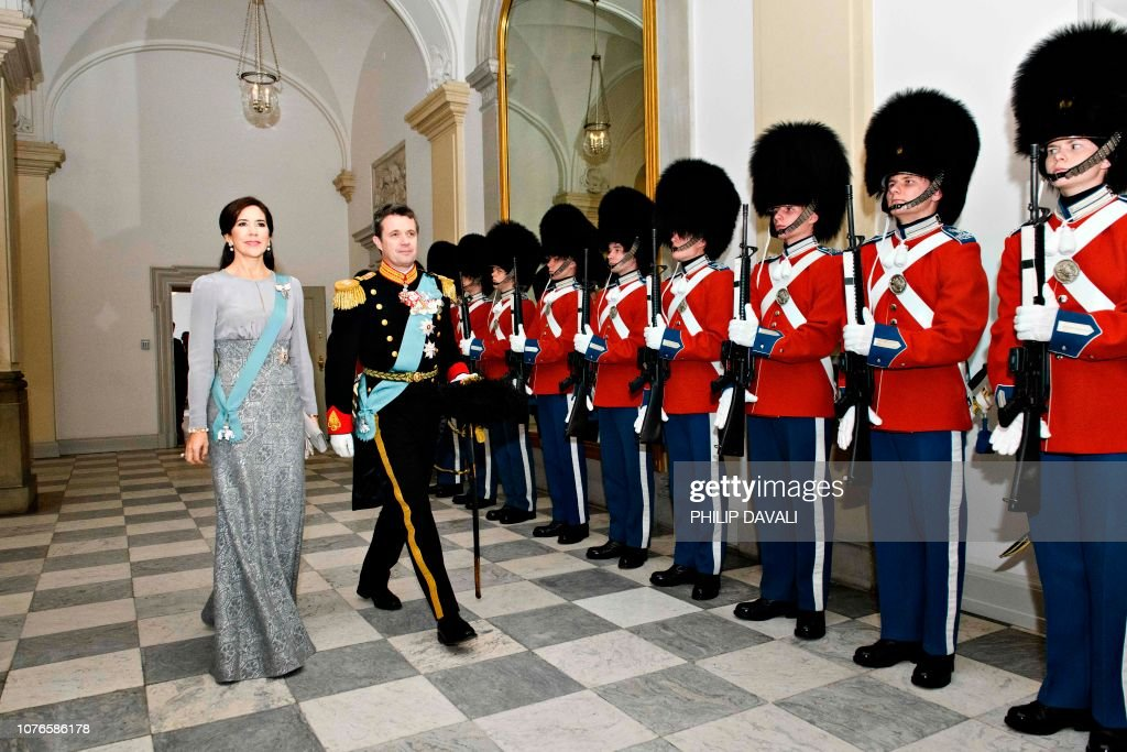 UNS: The Royal Week - January 7
