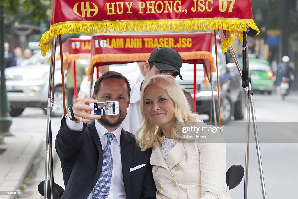 Crown Prince Haakon And Crown Princess Mette Marit of Norway Visit Vietnam - Day 1 : News Photo