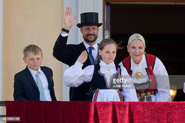 Crown Prince Haakon and Crown Princess MetteMarit of Norway with their children Princess ingrid Alexandra and Prince Sverre Magnus on the balcony of...
