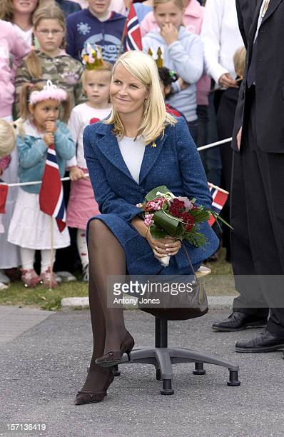 Crown Prince Haakon Crown Princess MetteMarit Of Norway Visit The District Of Buskerud On The Outskirts Of OsloVisit To The Killingrud School