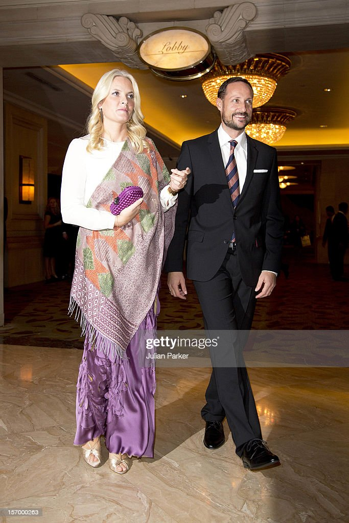 Crown Prince Haakon of Norway and Crown Princess Mette-Marit of Norway leave the Shangri-La Hotel in Jakarta for a dinner arrangement, during an official 3-day visit to Indonesia, on November 26, 2012 in Jakarta, Indonesia. The visit intends to strengthen and develop the existing relationship between the countries, especially in relation to the energy, maritime, trade and investment sectors.
