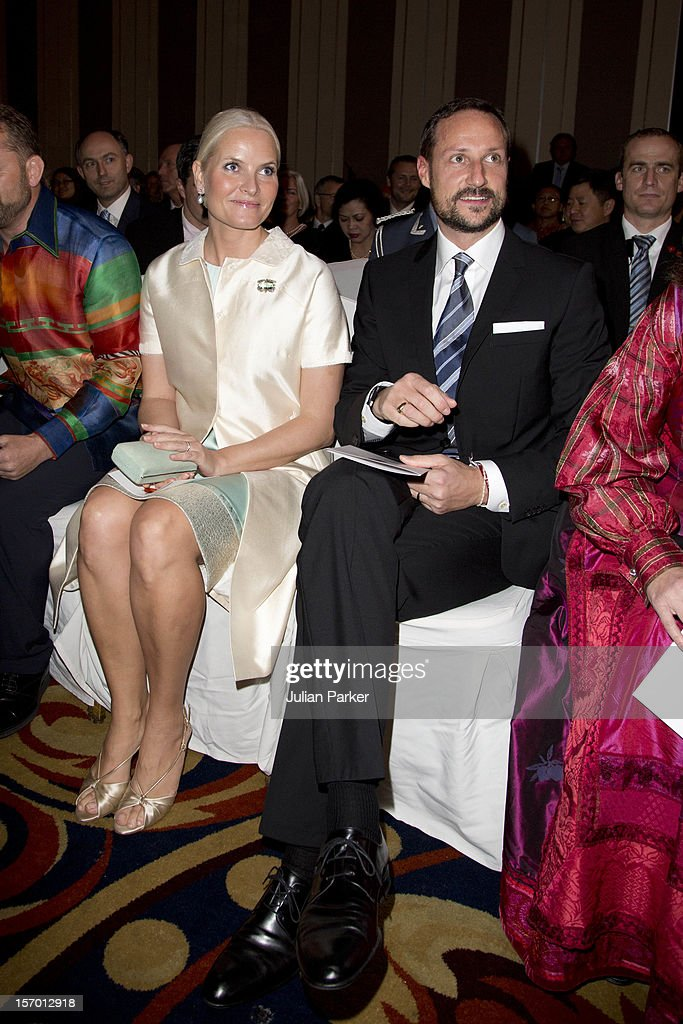 Crown Prince Haakon of Norway and Crown Princess Mette-Marit of Norway attend a concert, and Seafood buffet dinner, at The Shangri-La Hotel, Jakarta during an official 3-day visit to Indonesia, on November 27, 2012 in Jakarta, Indonesia. The visit intends to strengthen and develop the existing relationship between the countries, especially in relation to the energy, maritime, trade and investment sectors.