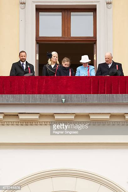 Crown Prince Haakon of Norway Crown Princess MetteMarit of Norway Princess Ingrid Alexandra of Norway Queen Sonja of Norway and King Harald V of...