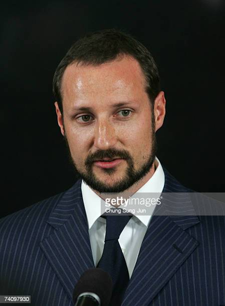 Crown Prince Haakon speaks at press conference during a visit to the former South Korean president Kim Dae-Jung library on May 8, 2007 in Seoul,...