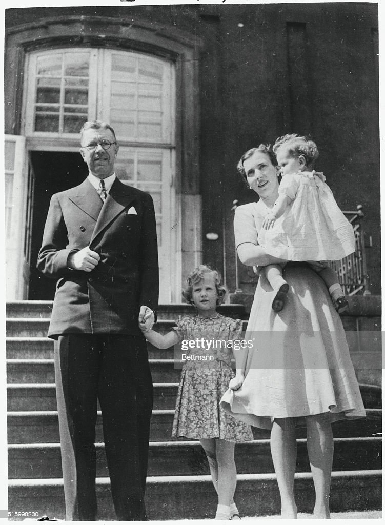 Swedish and Danish Royal Relatives in 1945 : News Photo