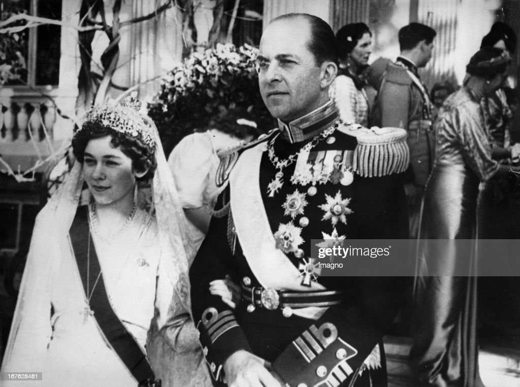 Crown prince Paul of Greece with crown princess Margarita at the wedding of the Greek crown prince couple Friederike and Paul in Athen. Photograph. January 10th 1938. (Photo by Imagno/Getty Images) Kronprinz Paul von Griechenland mit Kronprinzessin Margari : News Photo