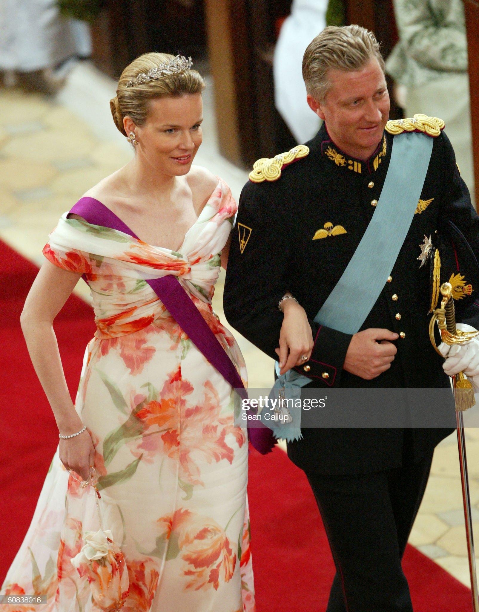 Вечерние наряды Королевы Матильды Wedding Of Danish Crown Prince Frederik and Mary Donaldson : News Photo