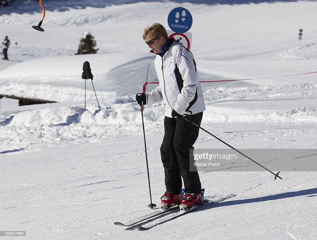 Crown Prince Willem Alexander of The Netherlands skis at the annual winter photocall on February 18, 2013 in Lech, Austria.
