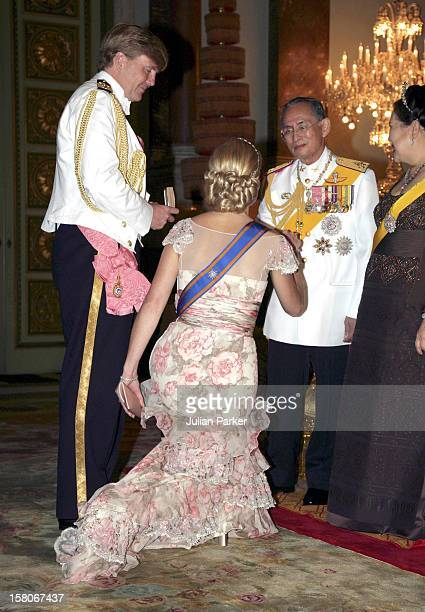Crown Prince WillemAlexander Crown Princess Maxima Of Holland Attend A Banquet For Foreign Monarchs Royal Guests At The Chakri Maha Prasat Throne...
