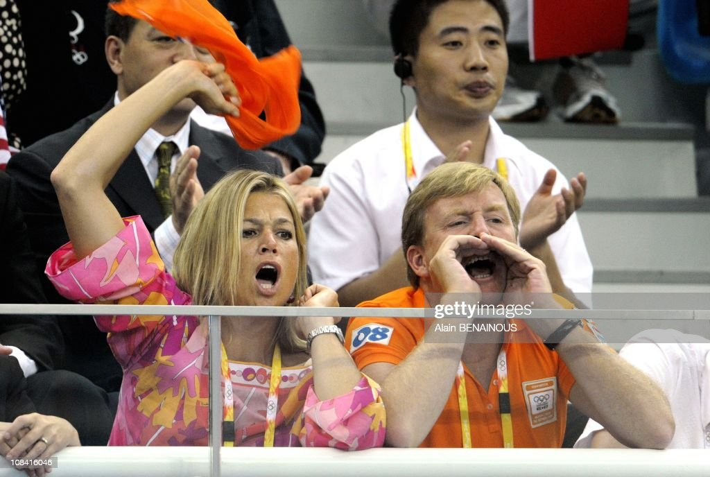 Prince Willem-Alexander of the Netherlands and Princess Maxima attend women's 4x100-meter freestyle relay final at the Olympic National Aquatic Center in Beijing, China on August 10th, 2008. : News Photo