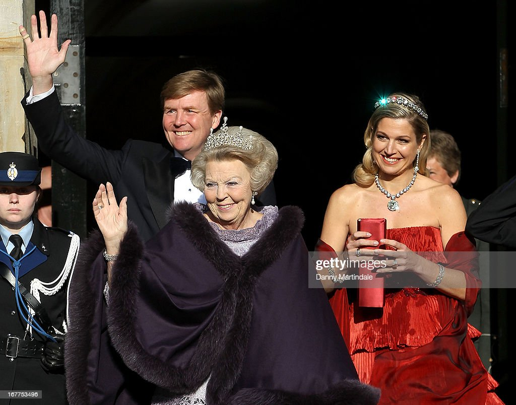 Crown Prince Willem-Alexander of the Netherlands, Princess Maxima of the Netherlands and Queen Beatrix Of The Netherlands leaves the Royal Palace on the Dam for a dinner hosted by Queen Beatrix of The Netherlands ahead of her abdication at Rijksmuseum on April 29, 2013 in Amsterdam, Netherlands.