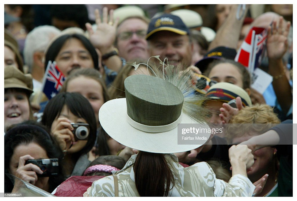 Crown Princess Mary and Prince Frederik of Denmark greet the public at Federatio : News Photo