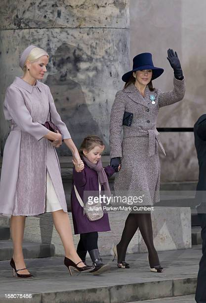 ** ** Crown Princess Mary And Princess Isabella Of Denmark And Crown Princess MetteMarit Of Norway Attend A Celebratory Service At Christiansborg...