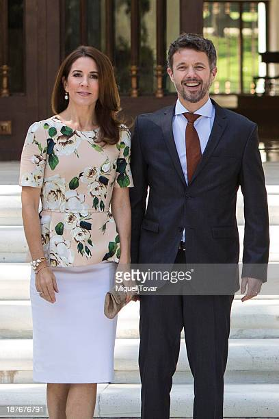 Crown Princess Mary of Denmark and Frederik André Henrik Christian de Glücksburg crown prince of Denmark attend the welcome ceremony at Los Pinos...