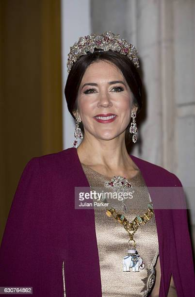 Crown Princess Mary of Denmark arrives at the Traditional New Year's Banquet hosted by Queen Margrethe of Denmark at Amalienborg Palace on January 1...