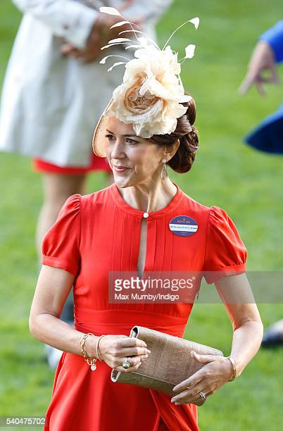 Crown Princess Mary of Denmark attends day 2 of Royal Ascot at Ascot Racecourse on June 15 2016 in Ascot England