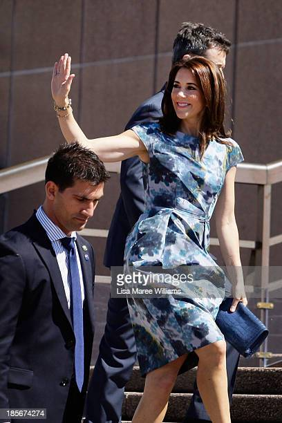 Crown Princess Mary of Denmark waves to the crowd at the Opera House forecourt on October 24 2013 in Sydney Australia Prince Frederik and Princess...