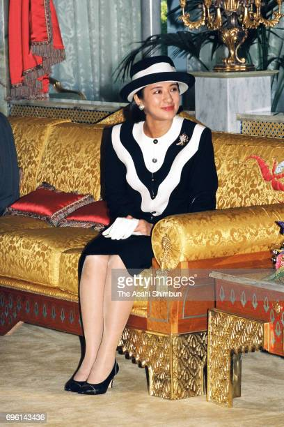 Crown Princess Masako is seen on departure at Abu Dhabi Airport on January 26 1995 in Abu Dhabi United Arab Emirates