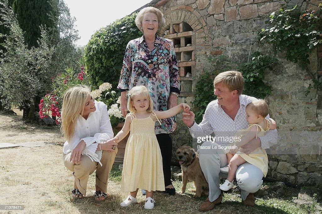 Photocall for Dutch Royal Family on vacation in Italy : News Photo