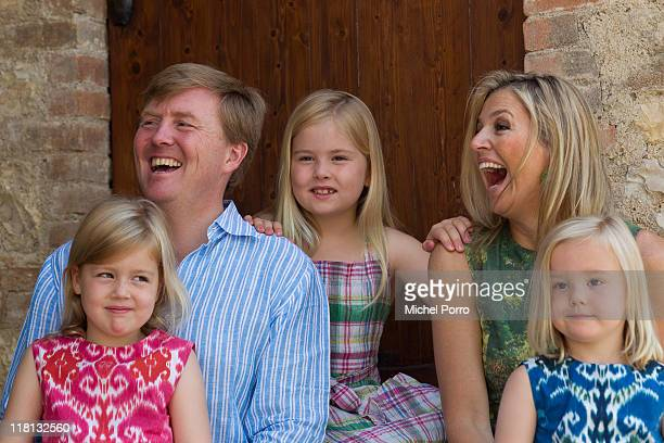 Crown Princess Maxima, Prince Willem-Alexander and their children Princesses Alexia, Catharina-Amalia and Ariane pose during a photo session at the...