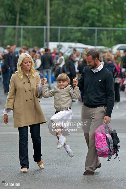 Crown Princess Mette-Marit of Norway and Crown Prince Haakon of Norway accompanies Princess Ingrid Alexandra to her first day at school at Janslokka...
