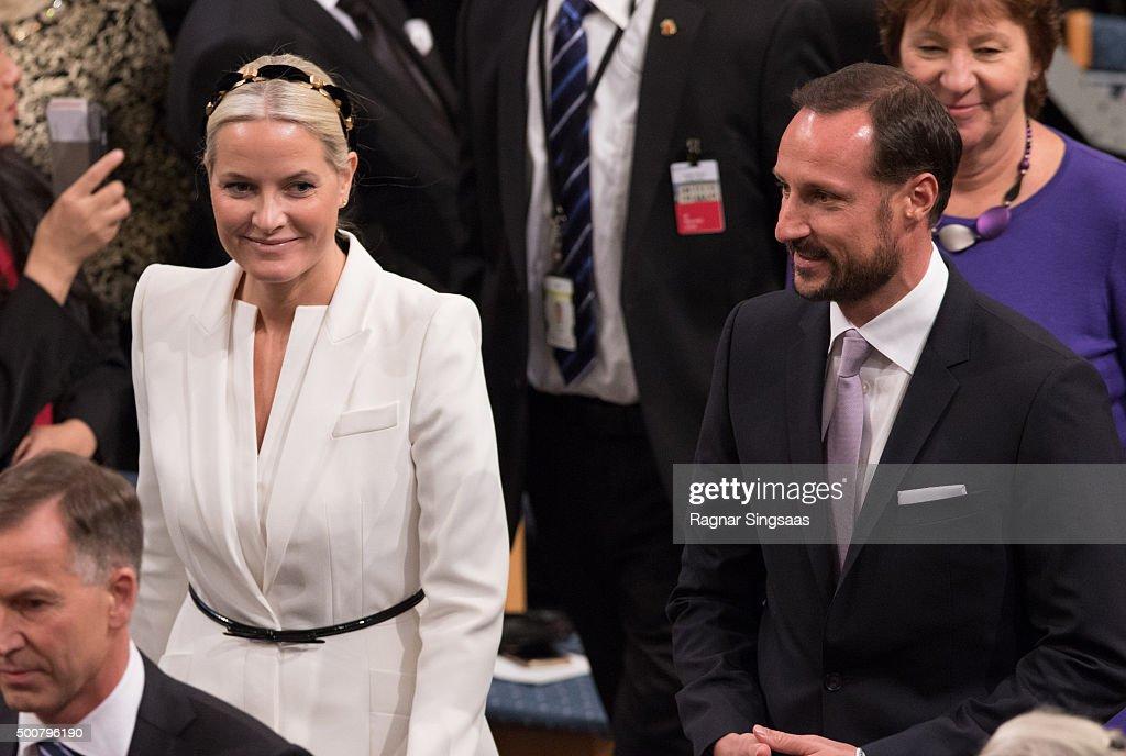 The Nobel Peace Prize Award Ceremony 2015 : News Photo