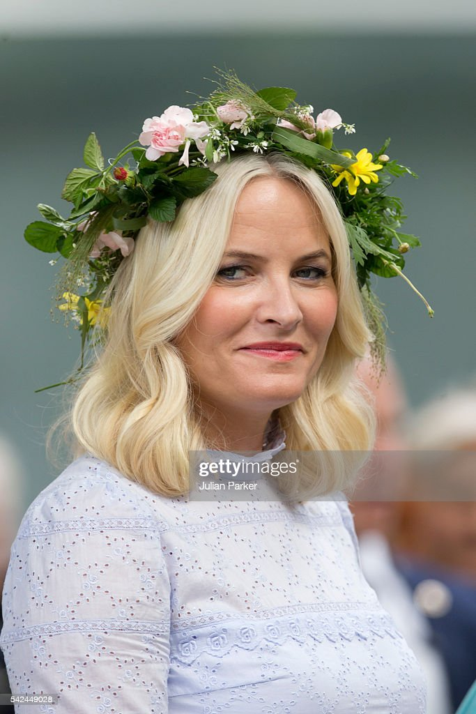 Crown Princess Mette-Marit of Norway attends a Garden Party at the Royal Residence, Stiftsgarden, on a visit to Trondheim, during the King and Queen of Norway's Silver Jubilee Tour, on June 23, 2016 in Trondheim, Norway.