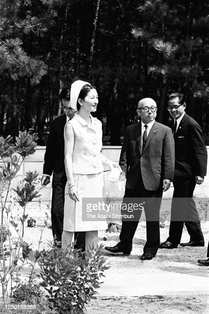 Crown Princess Michiko visits the Tottori Prefecture Seishi Gakuen, facility for physically handicapped, on August 10, 1966 in Yonago, Tottori, Japan.