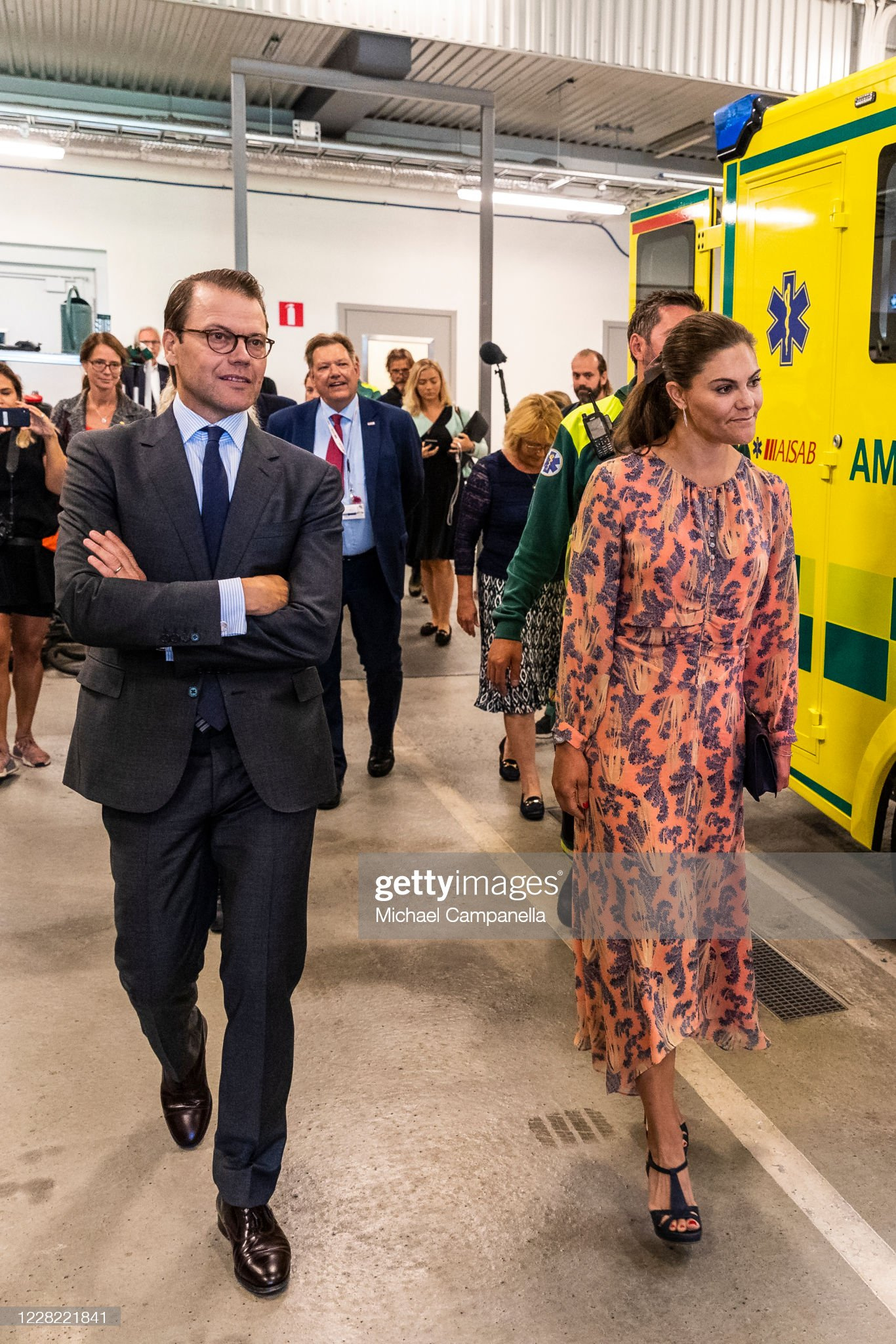 crown-princess-victoria-and-prince-daniel-of-sweden-visit-an-station-picture-id1228221841