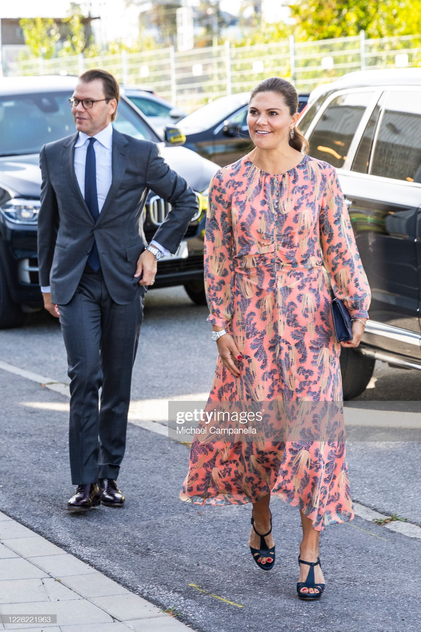 crown-princess-victoria-and-prince-daniel-of-sweden-visit-an-station-picture-id1228221963