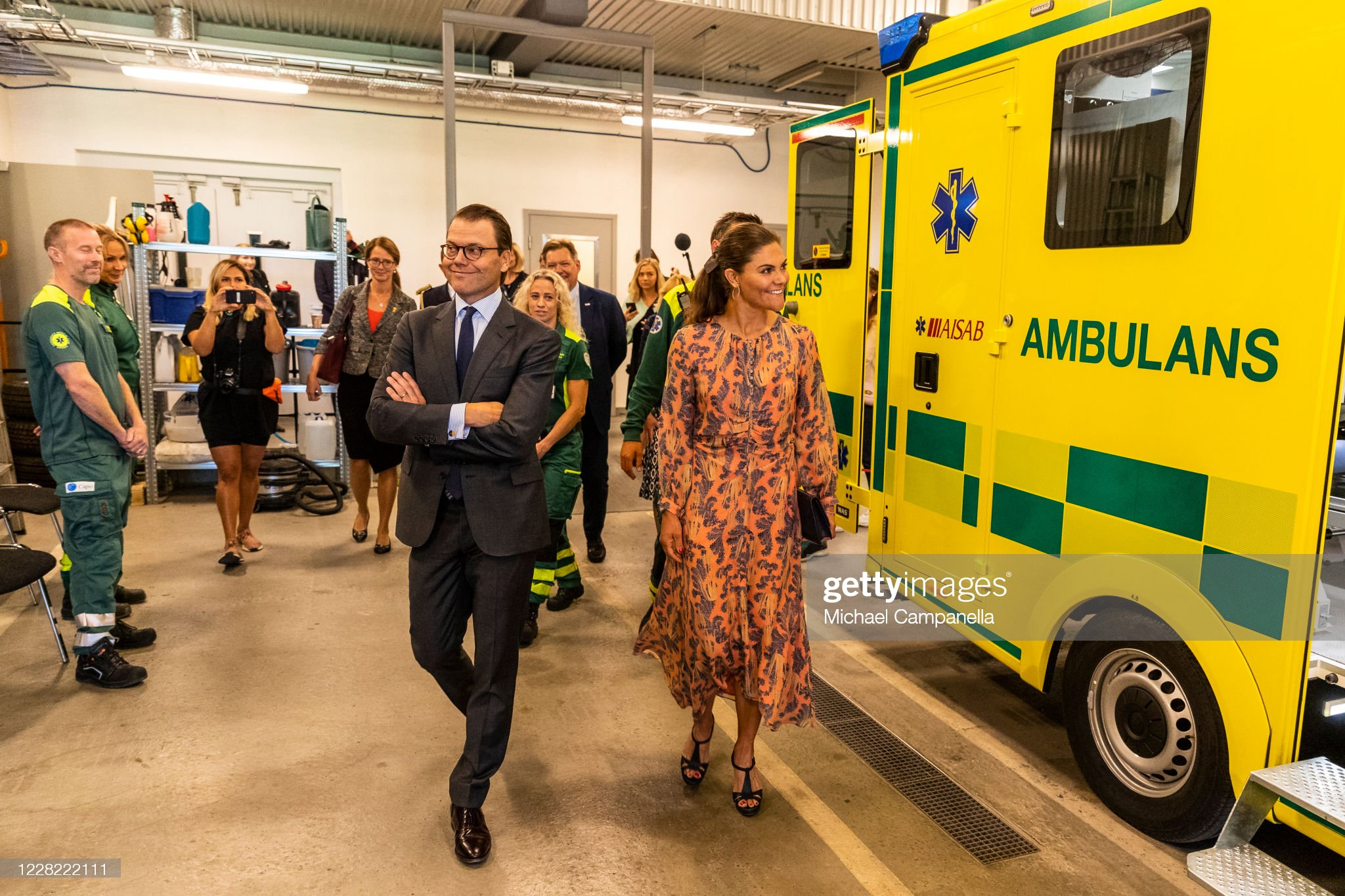 crown-princess-victoria-and-prince-daniel-of-sweden-visit-an-station-picture-id1228222111