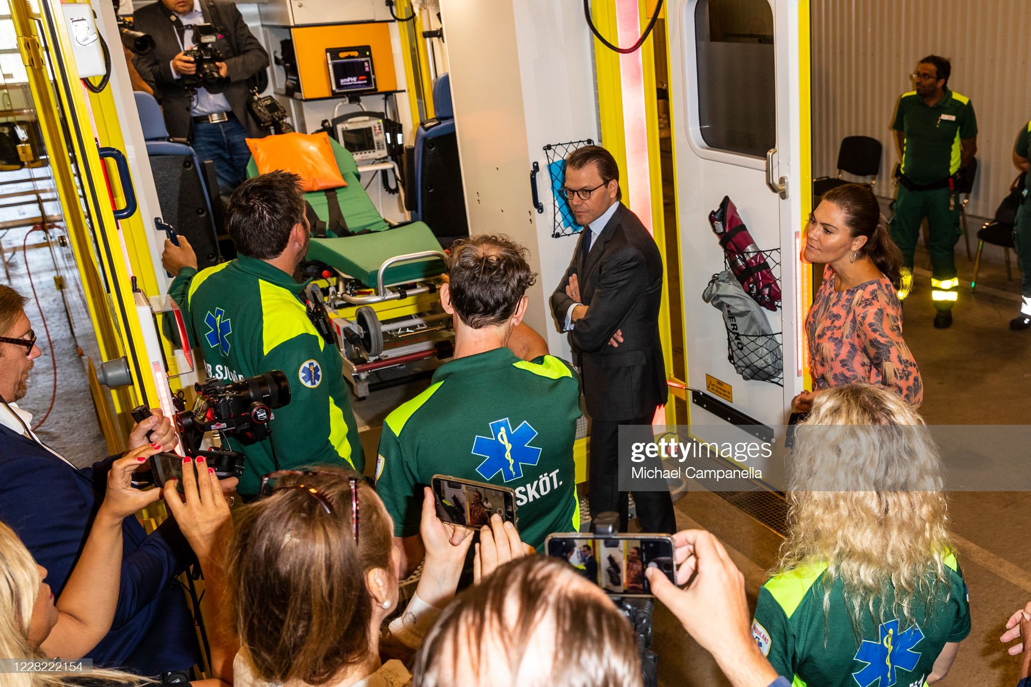 crown-princess-victoria-and-prince-daniel-of-sweden-visit-an-station-picture-id1228222154