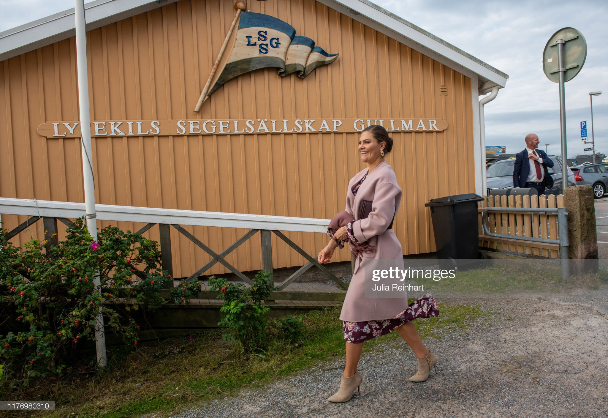 crown-princess-victoria-arrives-for-her-visit-to-the-sea-fish-on-25-picture-id1176980310