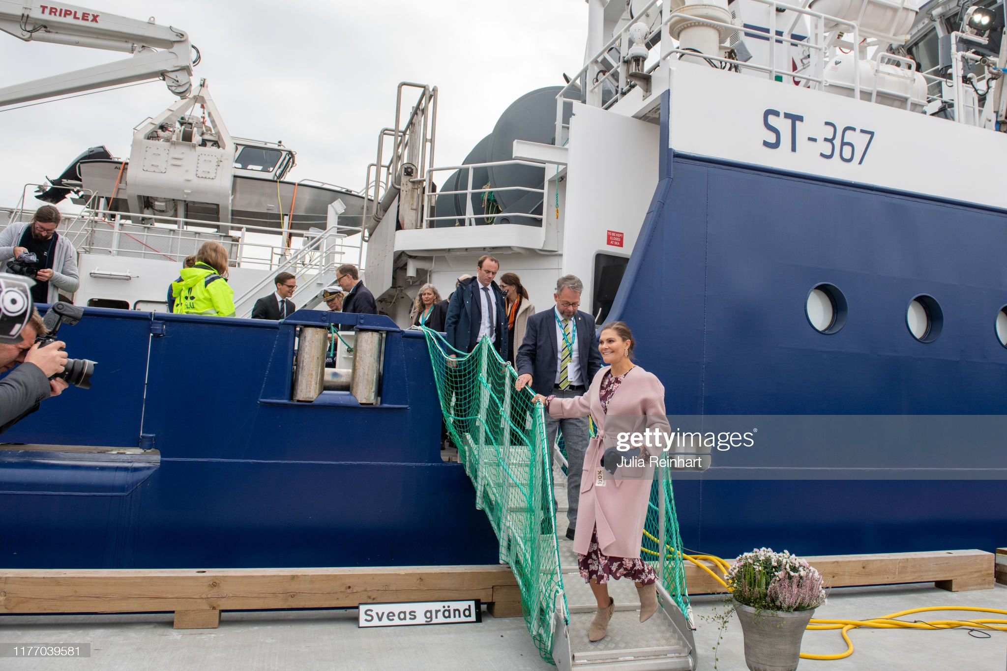 crown-princess-victoria-leaves-the-newly-christened-research-ship-at-picture-id1177039581
