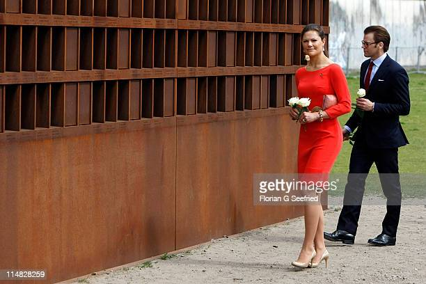Crown Princess Victoria of Sweden and her husband Prince Daniel Duke of Vastergotland visit the Berlin Wall Memorial on May 27 2011 in Berlin Germany