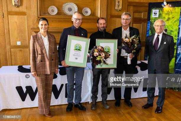 Crown Princess Victoria of Sweden and King Carl XVI Gustaf of Sweden pose for a picture with prize winners Johan Rockstrom, and Martin Green during...