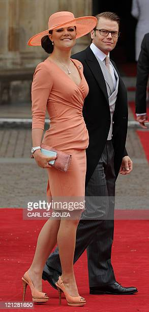 Crown Princess Victoria of Sweden and Prince Daniel Duke of Vastergotland arrive at the West Door of Westminster Abbey for the wedding of Britain's...