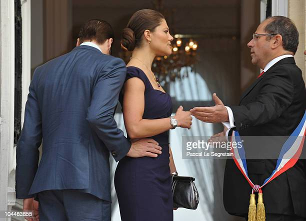 Crown Princess Victoria of Sweden and Prince Daniel of Sweden are greeted by mayor Philippe Laurent as they arrive to attend a reception at Sceaux...