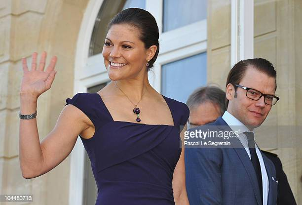 Crown Princess Victoria of Sweden and Prince Daniel of Sweden attend a visit at the Town hall on September 27 2010 in Sceaux near Paris France