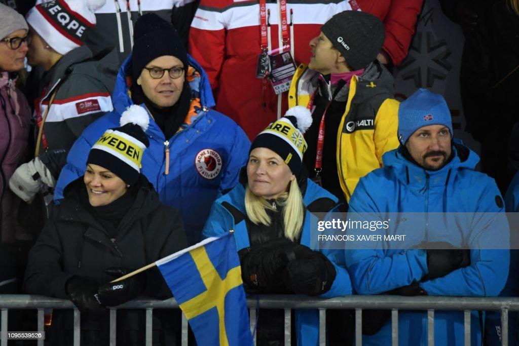 ALPINE SKI-WORLD-WOMEN-SWE-DOWNHILL-SLALOM-ROYALS : News Photo