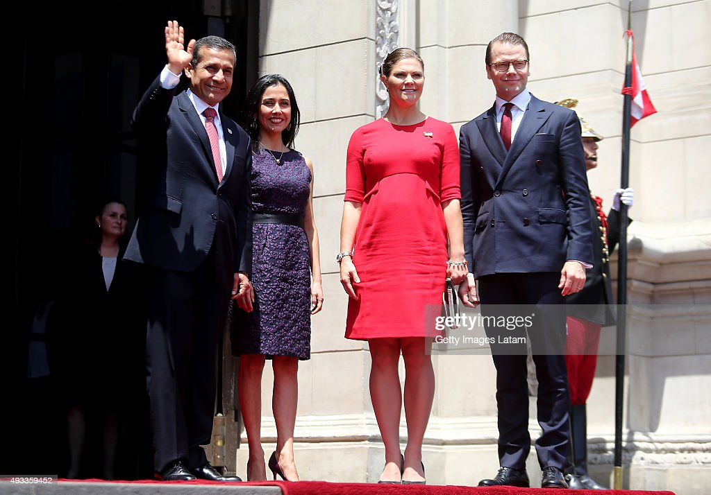 Crown Princess Victoria of Sweden and Prince Daniel of Sweden meet President of Peru, Ollanta Humala and First Lady Nadine Heredia during an official visit at the Presidential Palace on October 19, 2015 in Lima, Peru.
