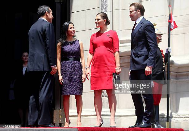 Crown Princess Victoria of Sweden and Prince Daniel of Sweden meet President of Peru, Ollanta Humala and First Lady Nadine Heredia during an official...