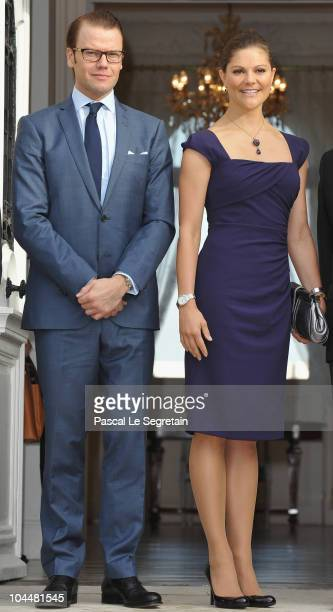 Crown Princess Victoria of Sweden and Prince Daniel of Sweden pose as they arrive to attend a visit at Sceaux Town hall on September 27 2010 in...