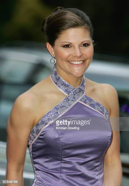 Crown Princess Victoria of Sweden arrives for a gala dinner at the National Gallery of Victoria on March 10 2005 in Melbourne Australia