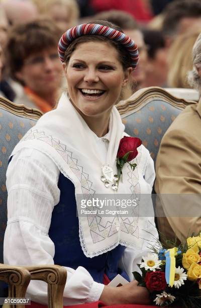 Crown Princess Victoria of Sweden attends a concert with Lionel Richie in honour of her 27th birthday on July 14 2004 in Borgholm Sweden