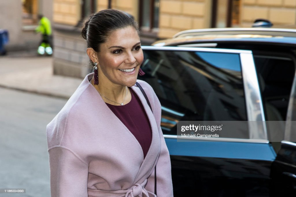 "Crown Princess Victoria Of Sweden Attends The Seminar ""Do We Have Room For Plastic In A Sustainable Future?"" : News Photo"