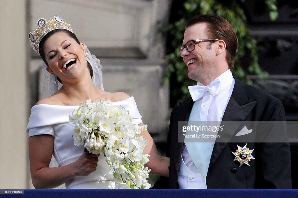 Wedding Of Swedish Crown Princess Victoria & Daniel Westling - Cortege : News Photo