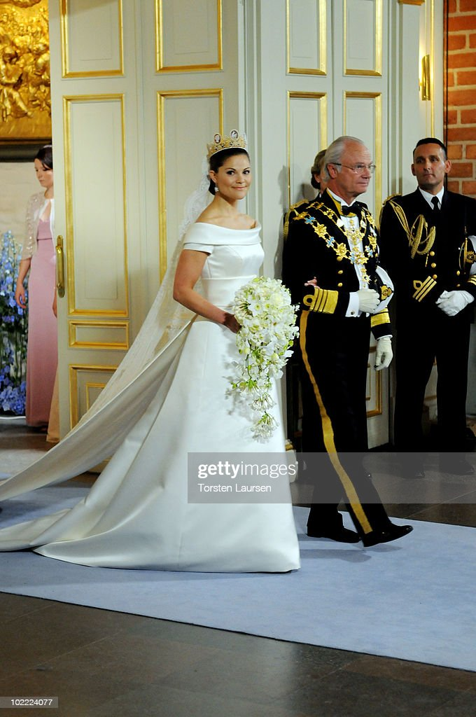 Wedding Of Swedish Crown Princess Victoria & Daniel Westling - Ceremony : News Photo