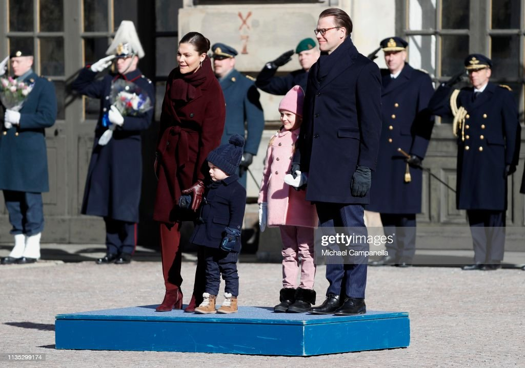 crown-princess-victoria-of-sweden-prince-oscar-of-sweden-princess-of-picture-id1135299174