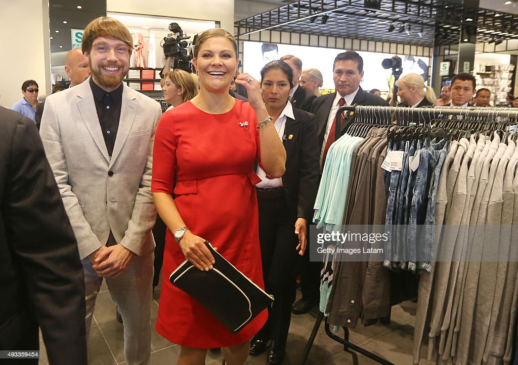 Crown Princess Victoria of Sweden smiles during a visit to H&M store at Jockey Plaza on October 19, 2015 in Lima, Peru.